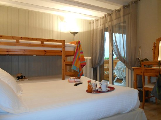 Hotel Le Chabi : Chambre familiale