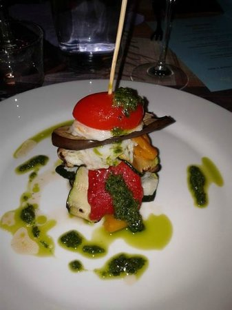 Baravan Ristorante - Cucina e Cantina: Millefoglie di pesce con verdure grigliate.