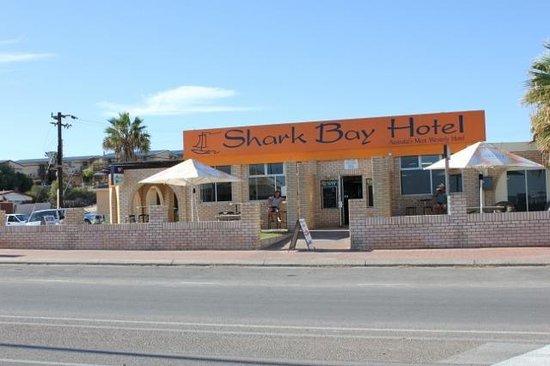 Shark bay casino perla