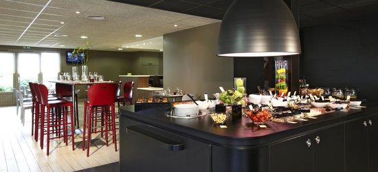 Campanile Macon Nord - Sennece: Buffet