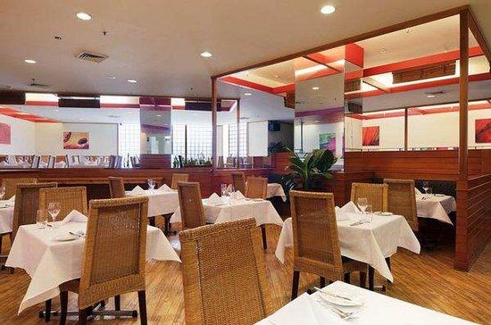 Mitchell's Bar & Grill