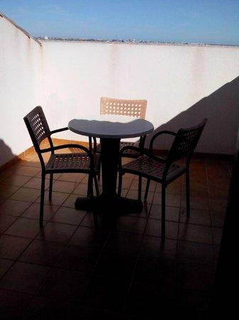 Hotel Costa Narejos: Balcón/terraza