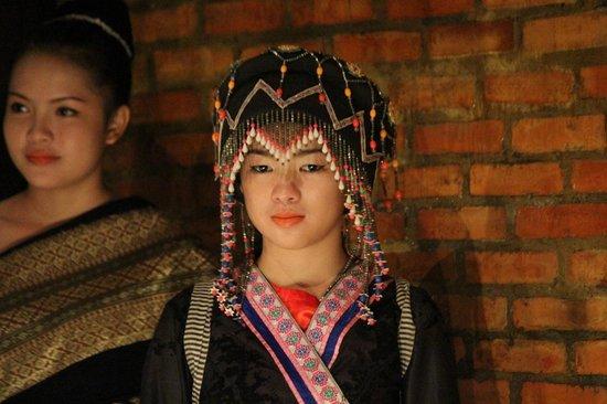 Sonphao : Ethnic Head Dress