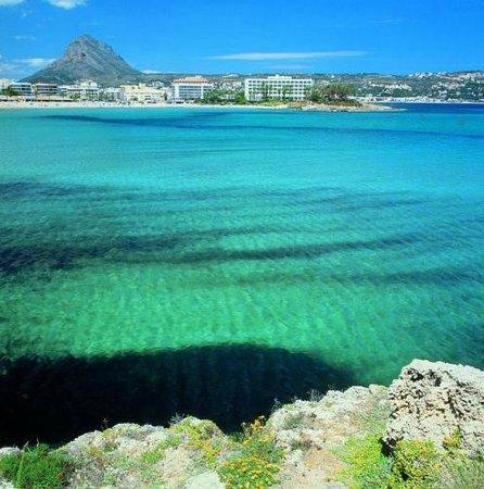 Arenal Promenade : Arenal Beach