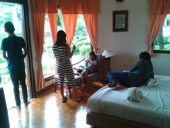 Imperial Phukaew Hill Resort: second bedroom - suite bungalow