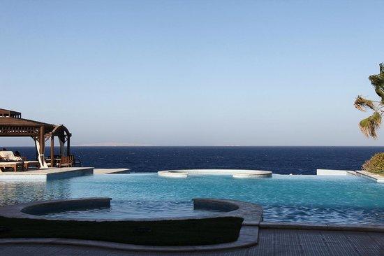 The Oberoi Sahl Hasheesh: Swimming pool area
