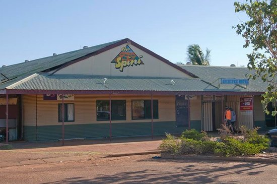 Spinifex hotel derby restaurant reviews photos for Derby hotels