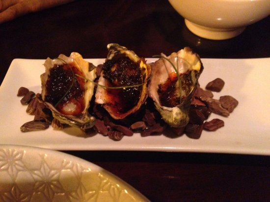 Embassy XO: Yummy House sauced Oysters