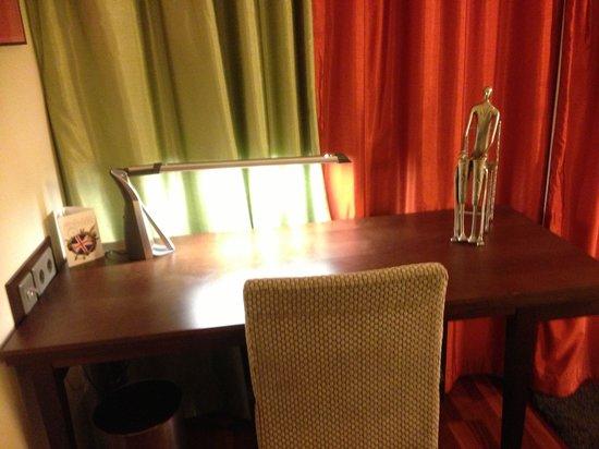 Holiday Inn Helsinki West-Ruoholahti: Room
