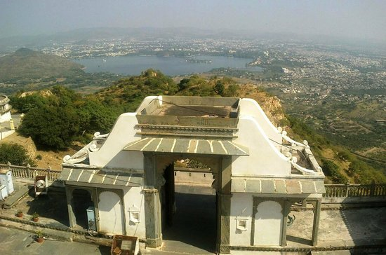 Sajjangarh Wildlife Sanctuary: Udaipur town  from Monsoon Palace  Sajjangarh