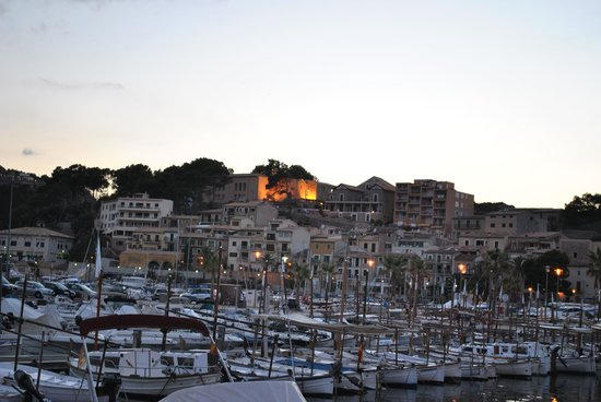 Es Port Hotel: Soller, le port