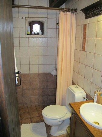 Samonas Traditional Villas : No.3 Shower room