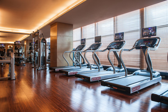 Hotel gym room picture of renaissance huizhou