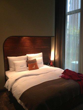 25hours Hotel HafenCity: Kojen-Bett