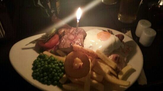 Vaynol Arms: the mixed grill!