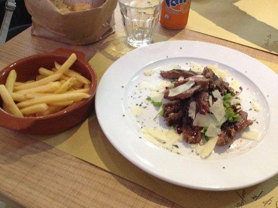 Al di vino bistro bar : Tagliata con patatine fritte