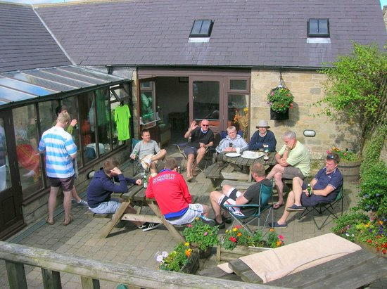Houghton North Farm: Relaxed Patio Area