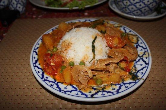 Sawasdee: Duck Curry