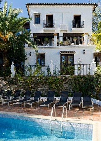 La Mejorana: rooms with balcony's upstairs