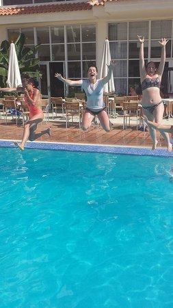 Apartamentos Oro Blanco: Swimming pool