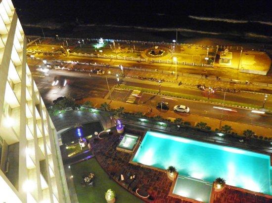 Novotel Vishakhapatnam Varun Beach: Night view from room