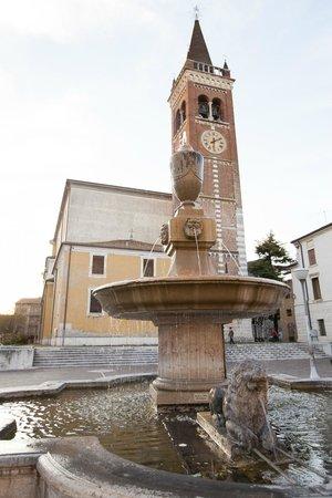 Residenza Agnello D'Oro : la nostra piazza