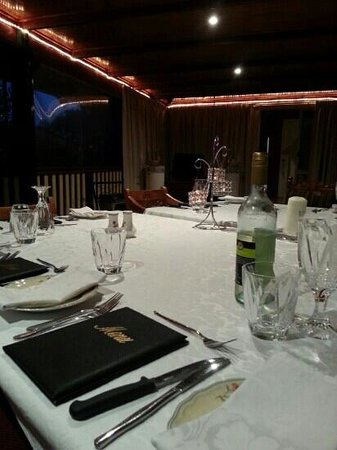 Clandulla Cottages, Beaudesert: the dining room
