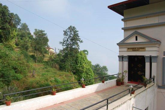 Bhangeri Durbar Resort: Hotel entrrance