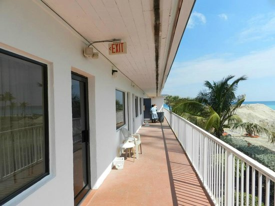 Travelodge Monaco N Miami and Sunny Isles Beach: ...