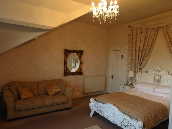 Settle Lodge: Room 7 - Surely one of the best rooms.