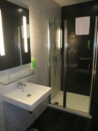 Comfort Hotel Centre Del Mon: nice and clean