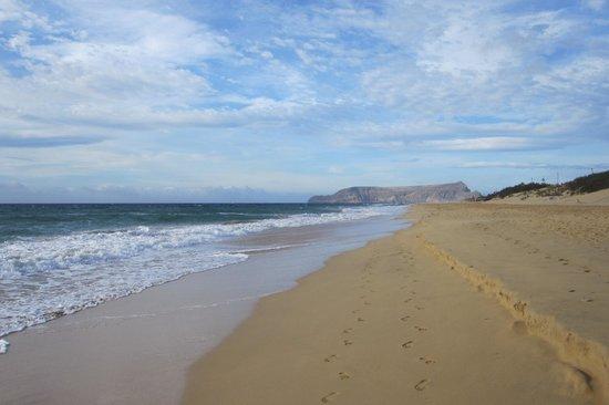 Pestana Porto Santo All Inclusive: The crowded beach......