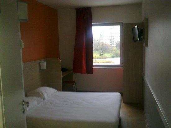 Hotel Premiere Classe Wroclaw Centrum : Pokój...