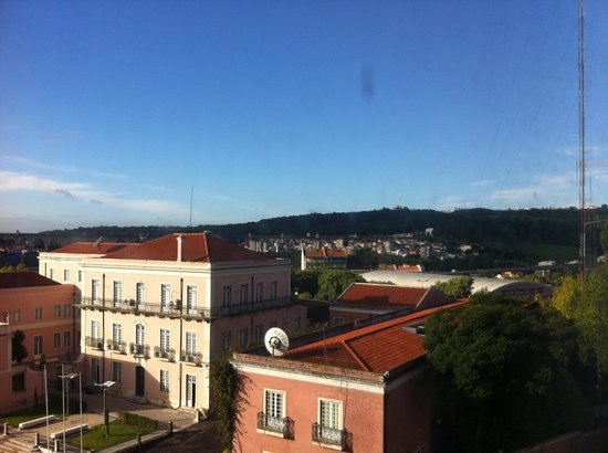 Novotel Lisboa: View from window of police station!!