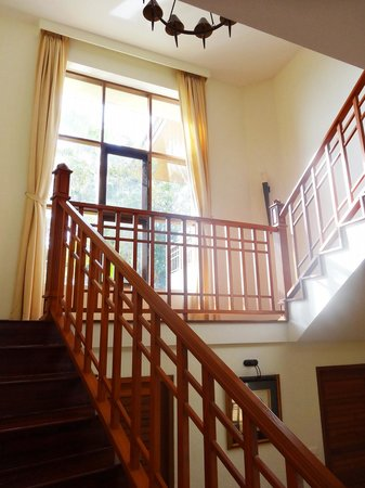Rising Sun Residence: Accès étage
