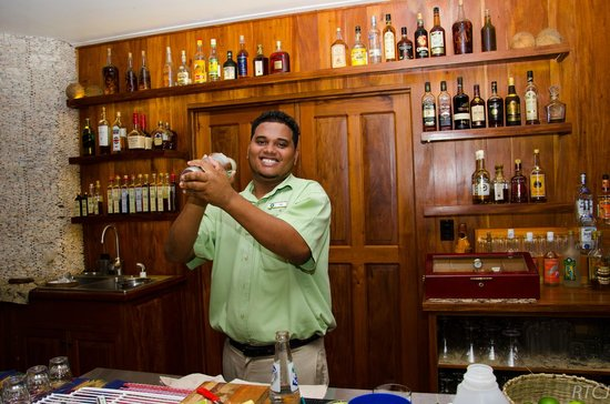 Belcampo Lodge: Your friendly Bartender!