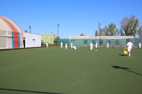 River Garden Holiday Village: The excellent bowls green