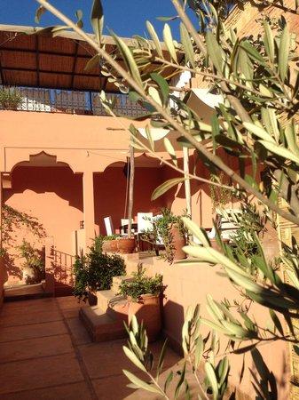 Riad Ajmal: Terrasse