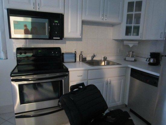Hotel Dolce Villa: kitchen