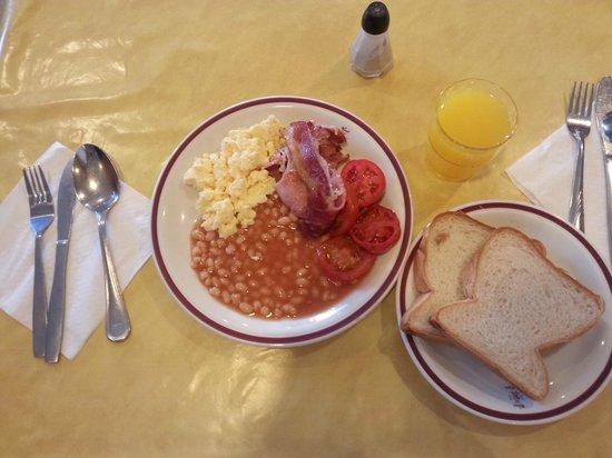 The San Anton Hotel: Breakfast at San anton