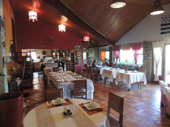 Couleur Cafe: Salle à manger