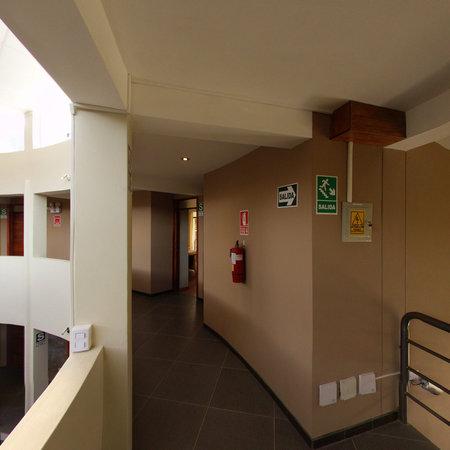 Inti Nan Hotel : Recorre sus amplios pasillos de Inti Ñan