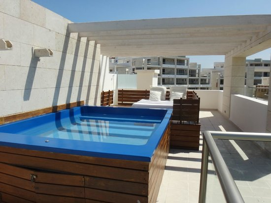 Beloved Playa Mujeres: Our casita pool