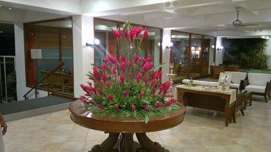 Taj Fisherman's Cove Resort & Spa, Chennai: Entrance Lobby