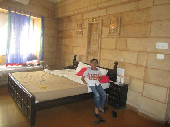 Hotel Lalgarh Fort & Palace: room 201