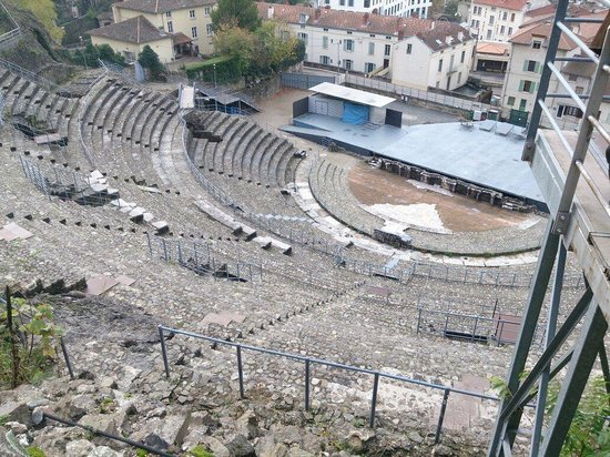 Theatre Romain (Antique)