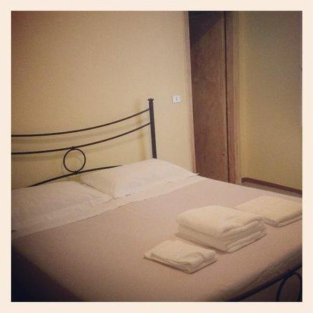 Hotel Tre Donzelle: Camera Matrimoniale Standard