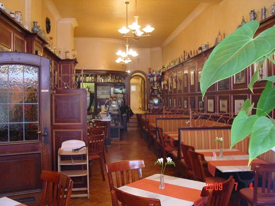 trattoria augusto w rzburg restaurant bewertungen telefonnummer fotos tripadvisor. Black Bedroom Furniture Sets. Home Design Ideas