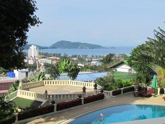 Prince Edouard Apartments & Resort: Daytime balcony view