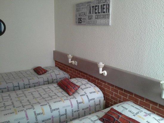 Hotel Come Inn : chambre